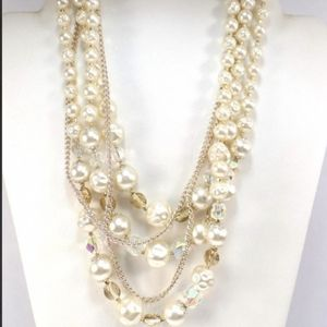 White pearl layered necklace - made in Japan